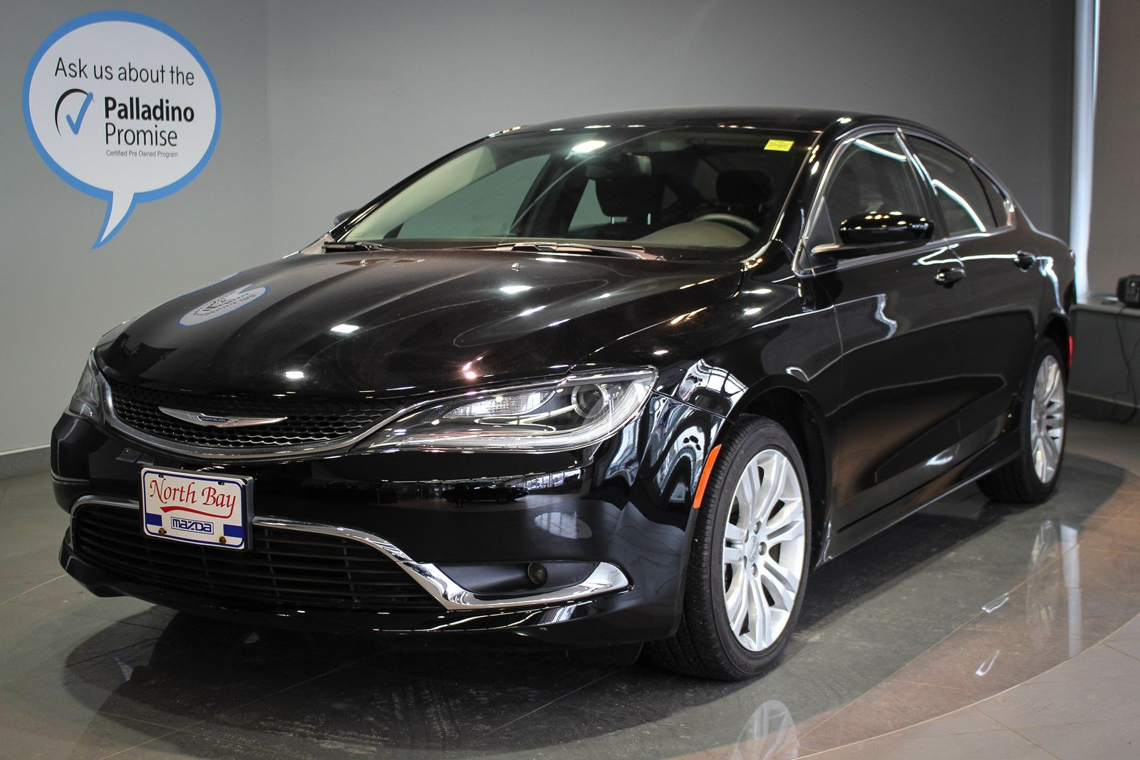 Pre-Owned 2016 Chrysler 200 Limited- 5 YEAR WARRANTY INCLUDED!! FWD 4dr Car