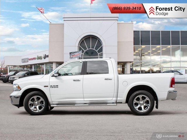 Pre-Owned 2017 Ram 1500 Laramie | LEATHER INTERIOR | HEATED STEERING WHEEL  With Navigation & 4WD