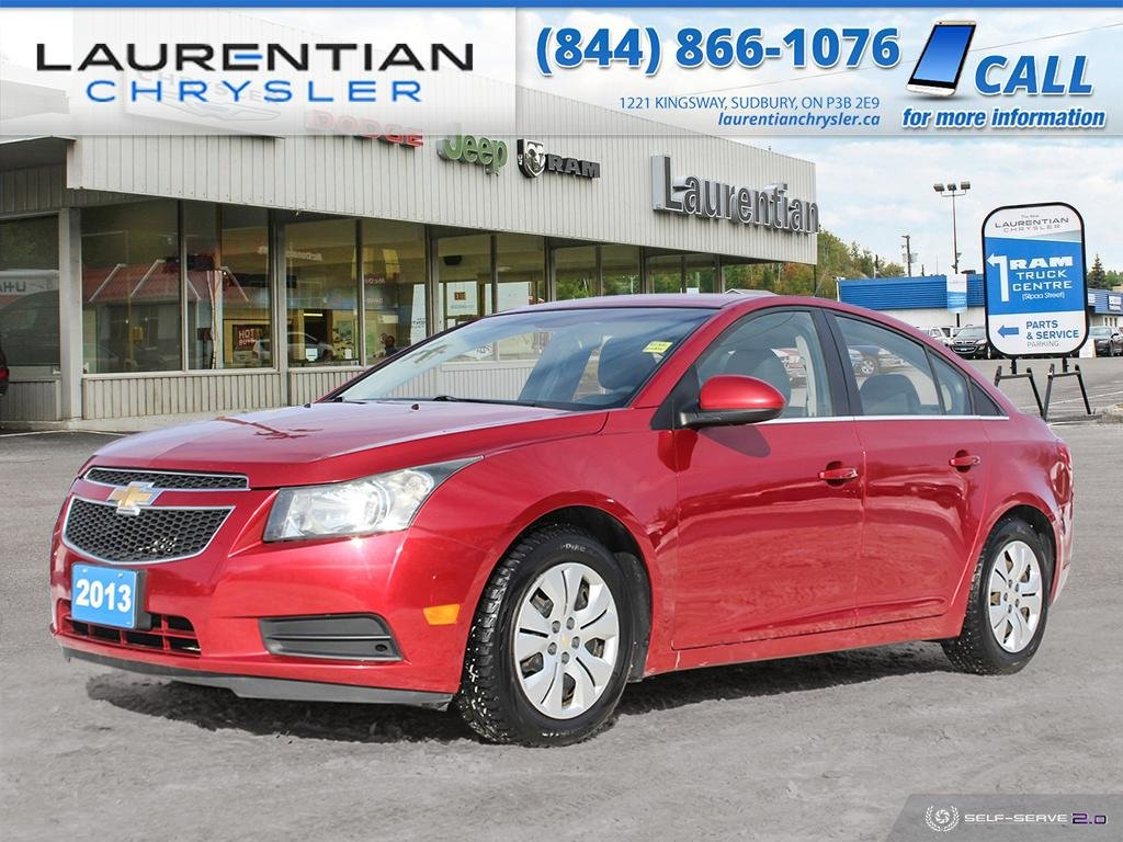 Pre-Owned 2013 Chevrolet Cruze LT Turbo - COMPACT AND THRIFTY!