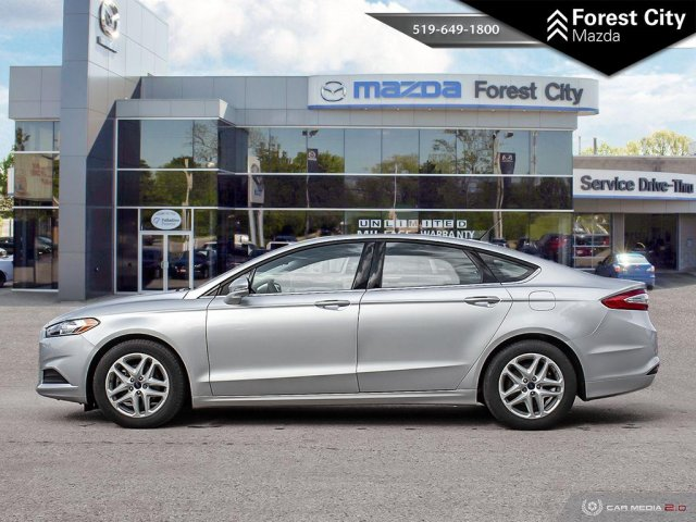 Pre-Owned 2016 Ford Fusion SE | Back-Up Camera | Cruise Control | Bluetooth  FWD 4dr Car