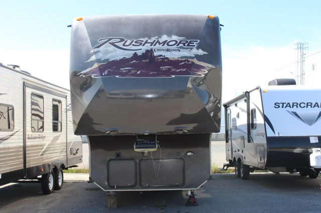 Pre-Owned 2012 CROSSROADS RUSHMORE 34SB