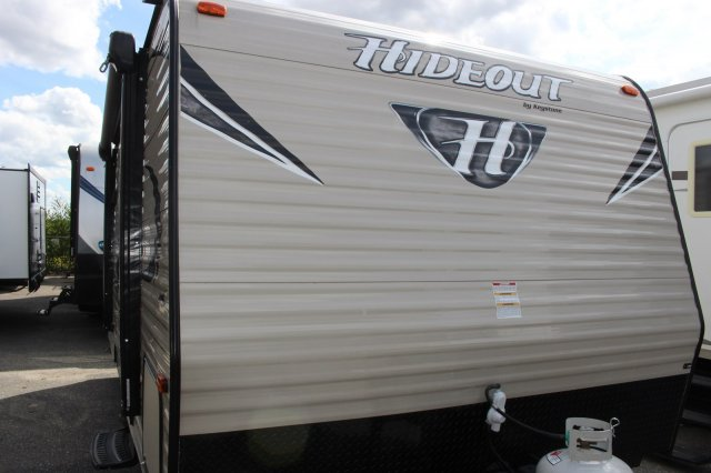 Pre-Owned 2017 KEYSTONE HIDEOUT 177LHS