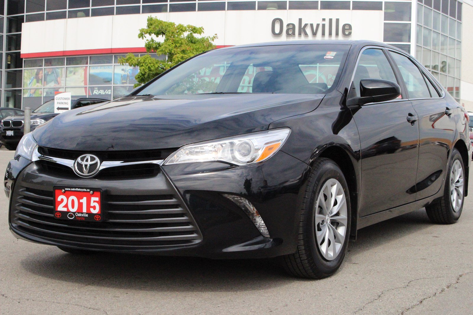 camry photo white toyota make history price le
