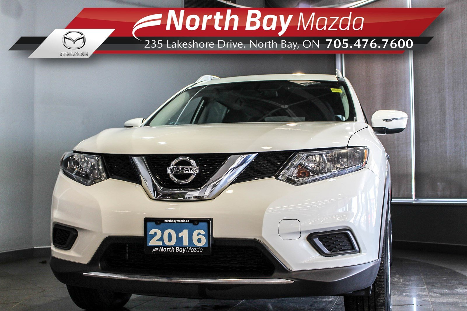 Pre-Owned 2016 Nissan Rogue SV AWD with Bluetooth, Cruise, Cloth Interior