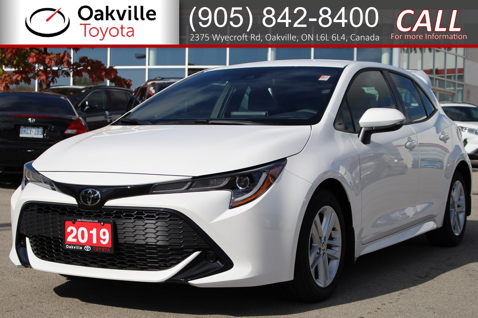 Pre-Owned 2019 Toyota Corolla Hatchback SE with Clean Carfax and One Owner