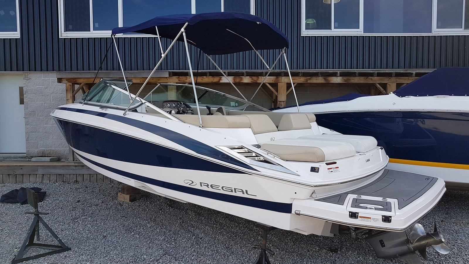 Pre-Owned 2013 Regal 2300 FUSION STEREO SYSTEM - BIMINI TOP