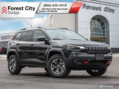 Pre-Owned 2019 Jeep Cherokee Trailhawk Elite - DEMO