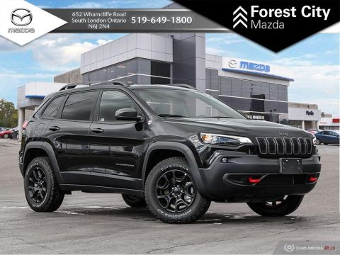 Pre-Owned 2019 Jeep Cherokee TRAILHAWK | DEMO, BLACKOUT PACKAGE,