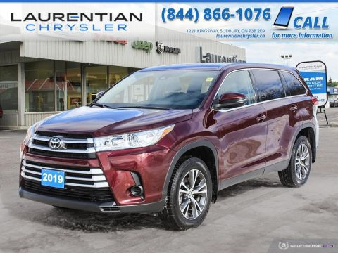 Pre-Owned 2019 Toyota Highlander LE!! BACKUP CAMERA!! AWD!! WINTER WARRIOR!!