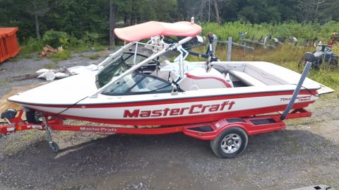 Pre-Owned 2006 Mastercraft Prostar DIRECT DRIVE - SKI BOAT